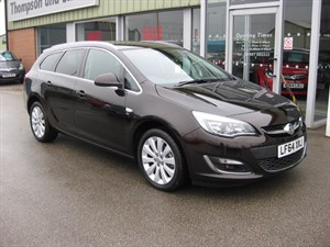 used Vauxhall Astra Elite 1.6i 16v VVT 5dr Estate Auto SAVE £11,580 in louth