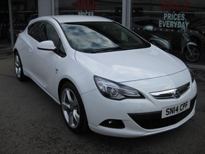 used Vauxhall Astra GTC SRi 2.0CDTi 16v 165PS Start/Stop 3dr VXR Pack SAVE £11,431 in louth