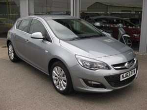 used Vauxhall Astra Elite 2.0CDTi 16v 165PS ecoFLEX 5dr Start/Stop in louth