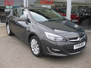 used Vauxhall Astra Elite 2.0CDTi 16v 165PS ecoFLEX 5dr Start/Stop SAVE £10,000 in louth