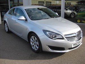 used Vauxhall Insignia SE 2.0CDTi 16v 120PS ecoFLEX Start/Stop 99g/km 5dr NEW MODEL in louth