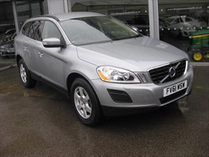 used Volvo XC60 D3 DRIVE SE 163 5dr ONE OWNER in louth
