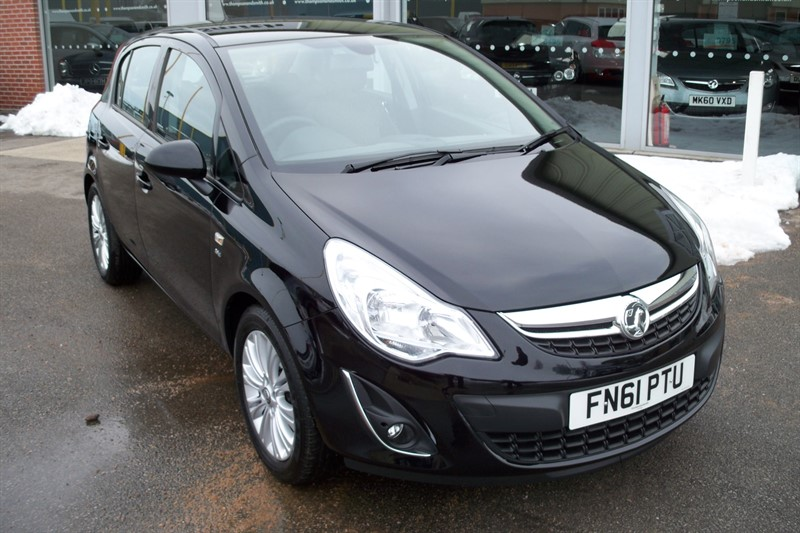 used Vauxhall Corsa SE 1.4i 16v 5dr VERY LOW MILEAGE in louth
