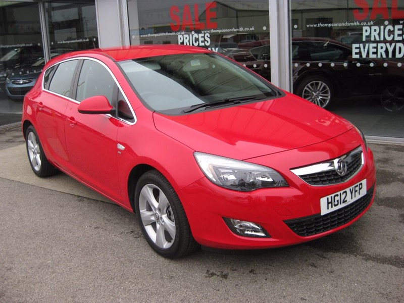 used Vauxhall Astra SRi 1.6i 16v 115PS 5dr LOW MILEAGE in louth