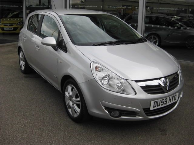 used Vauxhall Corsa Design 1.4i 16v 5dr RAC Warranty in louth