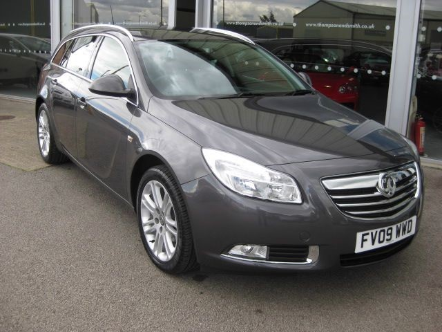 used Vauxhall Insignia Tourer Exclusiv 1.8i 16v 5dr RAC WarrantyTourer  in louth