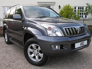 used Toyota Land Cruiser INVINCIBLE D-4D 8STR in chelmsford-essex