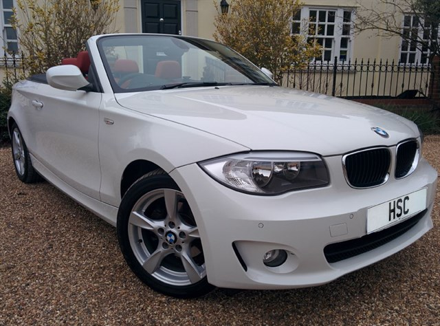 Click here for more details about this BMW 118d SPORT
