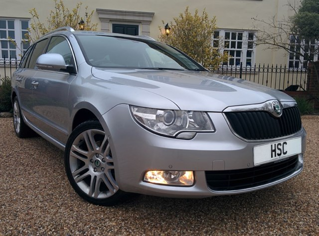 Click here for more details about this Skoda Superb ELEGANCE TDI CR DSG