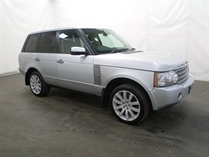 used Land Rover Range Rover TDV8 VOGUE 4dr Auto 1 Prev owner. in leicester