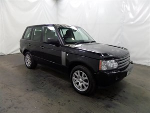 used Land Rover Range Rover TD Vogue 5dr 4WD LAND ROVER HISTORY 270 BHP in leicester