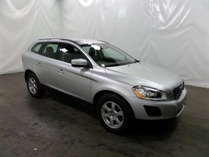 used Volvo XC60 D D4 SE AWD 5dr (start/stop) in leicester