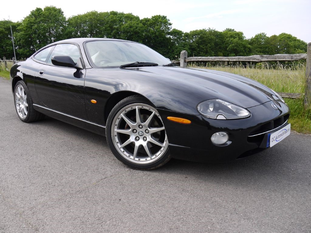 used jaguar xk8 for sale in surrey. Black Bedroom Furniture Sets. Home Design Ideas