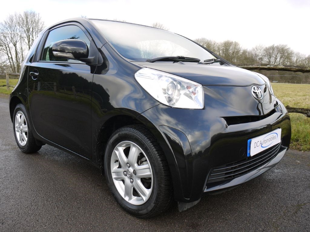 used toyota iq for sale in surrey. Black Bedroom Furniture Sets. Home Design Ideas