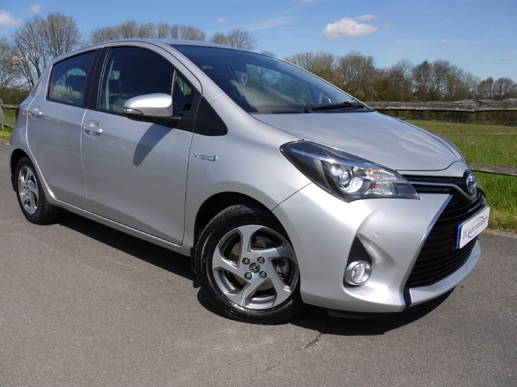used toyota yaris for sale in surrey. Black Bedroom Furniture Sets. Home Design Ideas