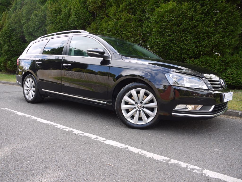 used deep black pearl metallic vw passat for sale surrey. Black Bedroom Furniture Sets. Home Design Ideas