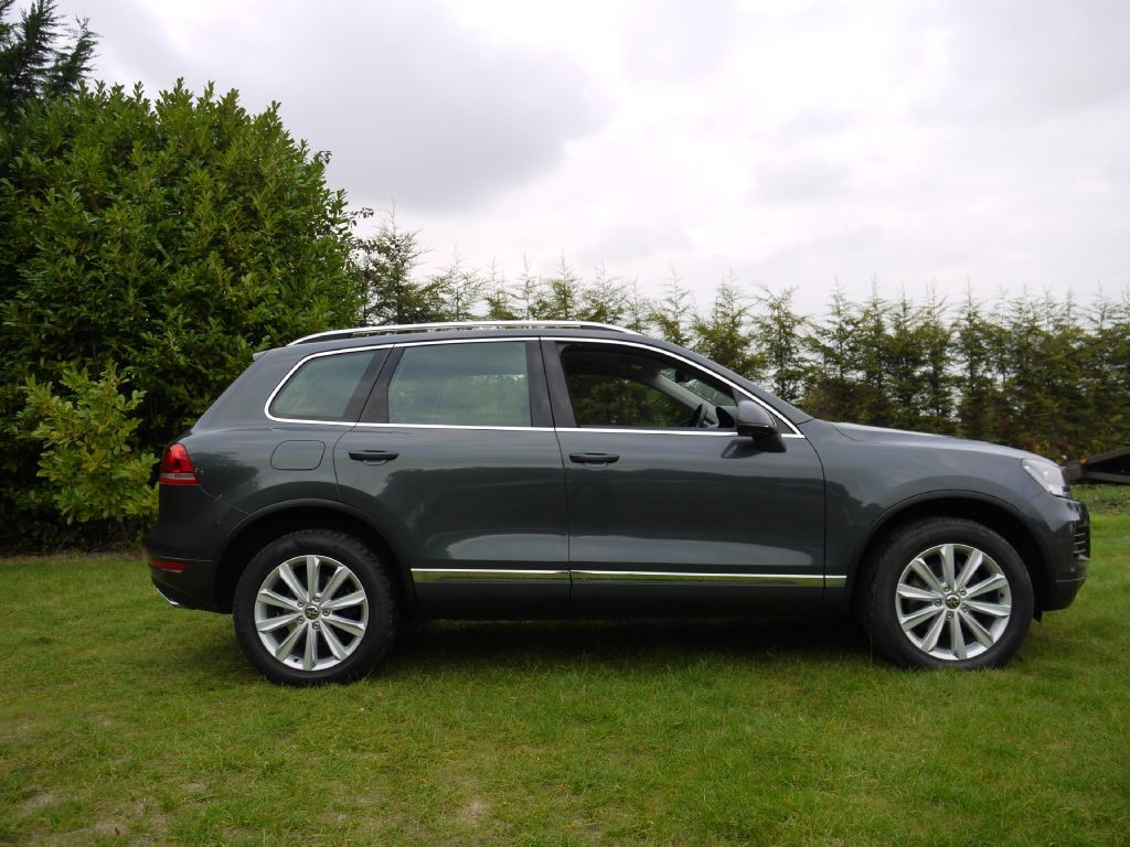 used vw touareg for sale in surrey. Black Bedroom Furniture Sets. Home Design Ideas