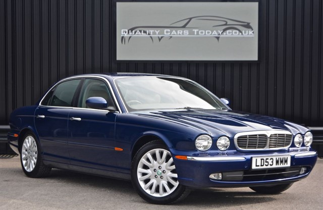 used Jaguar XJ 3.0 V6 SE *1 Titled Owner + Full R.A Creamer Jaguar Dealer History from New in sheffield