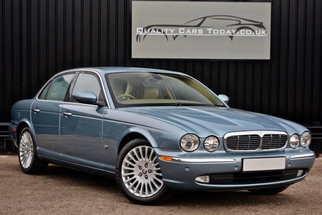 used Jaguar XJ6 TDVI Diesel Sovereign *Recent £3,000 Service + x4 New Pirelli's* in sheffield