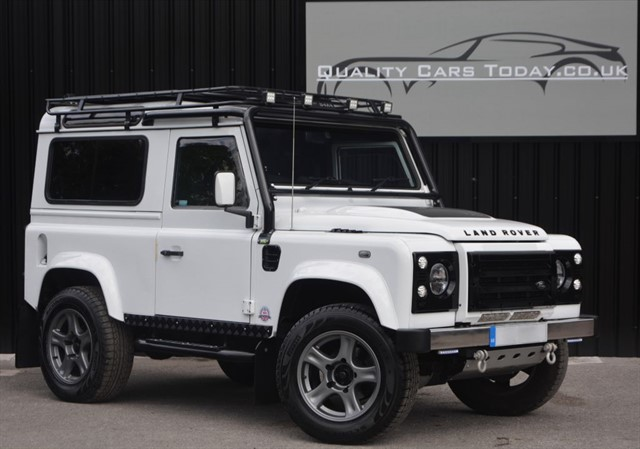 used Land Rover Defender 90 2.2 TD XS   in sheffield