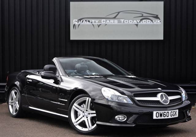 used Mercedes SL 500 5.5 V8 AMG bodstyling + Pan Roof + Massive Spec + FMBSH* in sheffield