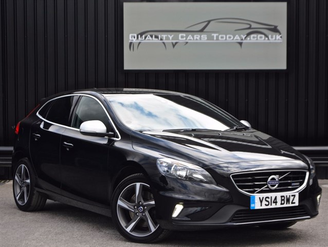used Volvo V40 2.0 D3 R-DESIGN NAV *1 Former Keeper + Full History* in sheffield