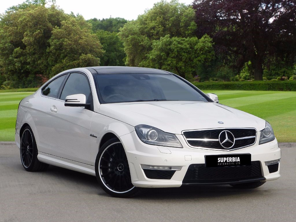 Used diamond white mercedes c63 amg for sale essex for Mercedes benz c63 amg for sale