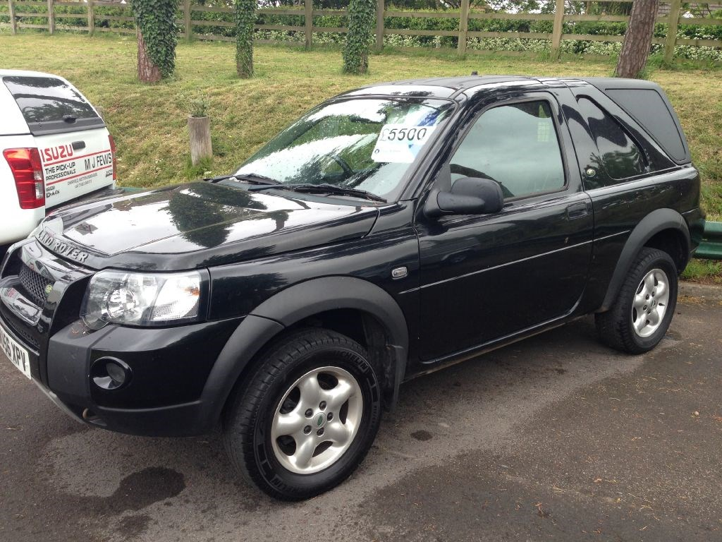 Click To View Larger Images Of This Land Rover Freelander