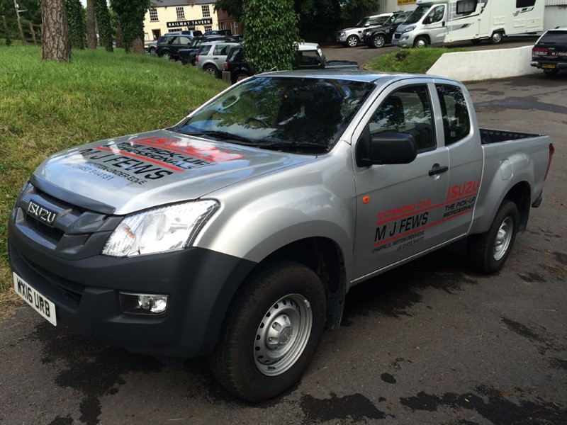 used Isuzu D-Max extended cab in gloucestershire