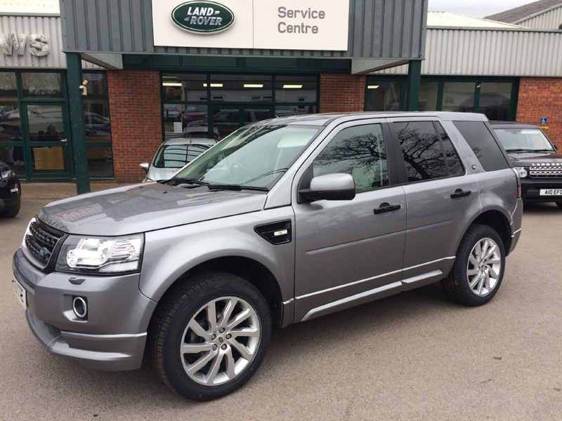 used Land Rover Freelander SD4 DYNAMI AUTOC in gloucestershire