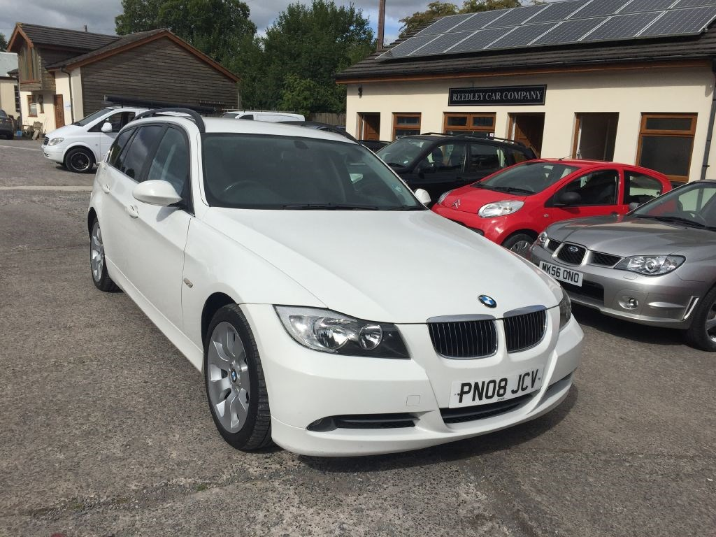 bmw 3 series 330d se diesel touring estate 2008 manual white for sale in accrington blackburn. Black Bedroom Furniture Sets. Home Design Ideas
