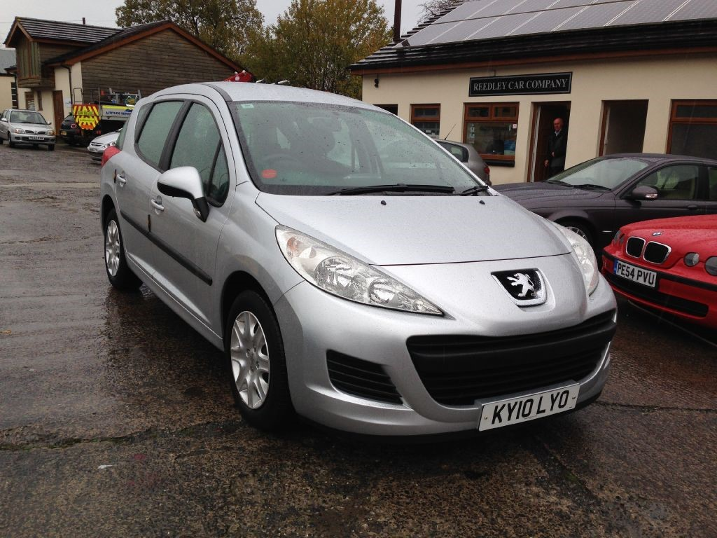 peugeot 207 sw s hdi 2010 estate diesel immaculate only. Black Bedroom Furniture Sets. Home Design Ideas