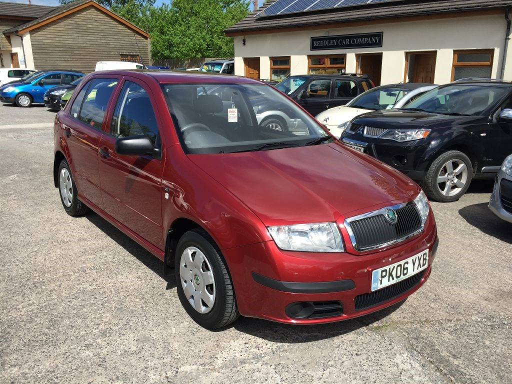 skoda fabia classic 16v automatic for sale in accrington blackburn. Black Bedroom Furniture Sets. Home Design Ideas