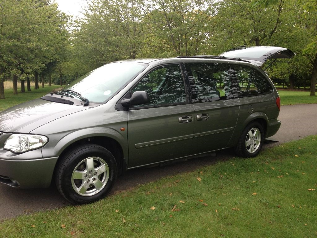 used chrysler grand voyager crd executive for sale in. Black Bedroom Furniture Sets. Home Design Ideas