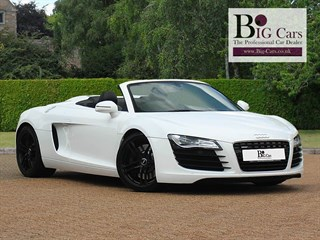 Click here for more details about this Audi R8 SPYDER V8 QUATTRO BO AMI