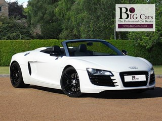 Click here for more details about this Audi R8 SPYDER V8 QUATTRO Sat Nav Sensors Bluetooth