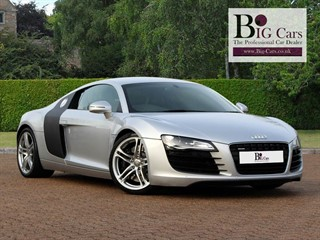 Click here for more details about this Audi R8 QUATTRO Magnetic Ride Bang  Olufsen Navigation Plus