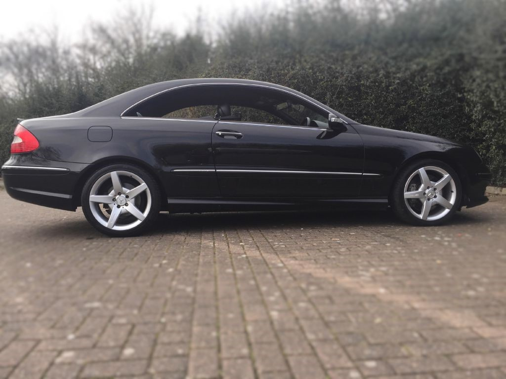 used black mercedes clk320 cdi for sale middlesex. Black Bedroom Furniture Sets. Home Design Ideas