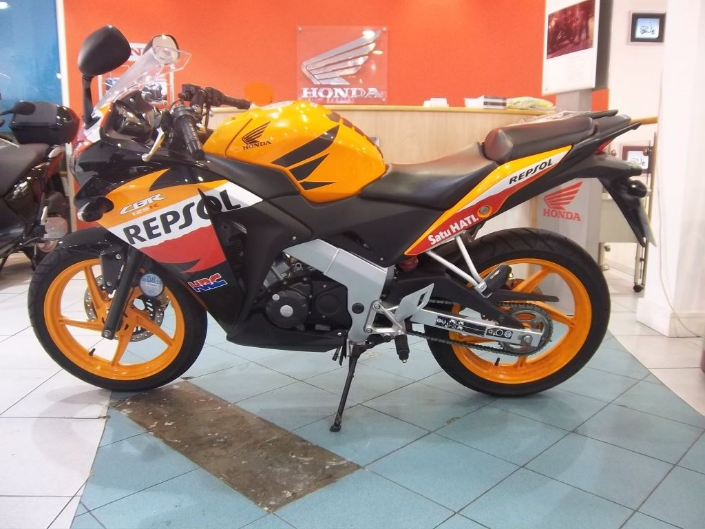 Honda Replica 125 Honda Cbr Cbr 125 R-d For Sale