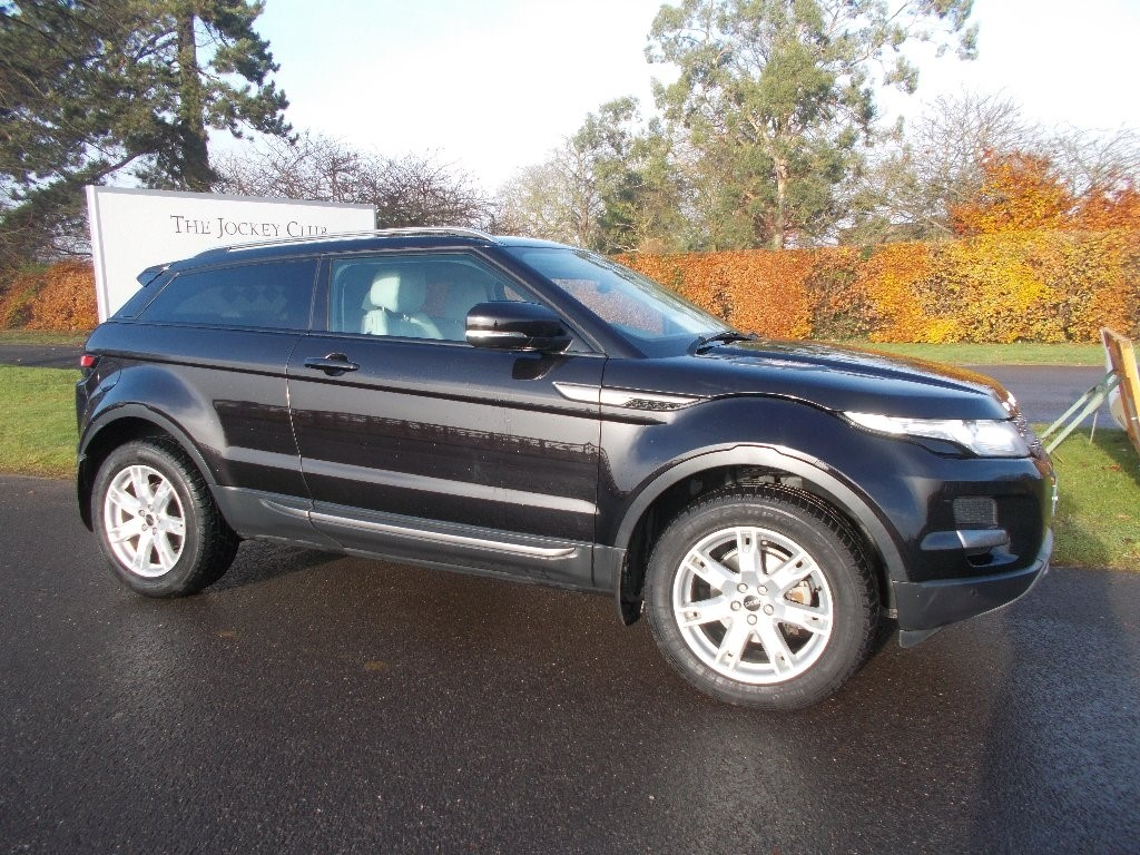 land rover range rover evoque 2 2 sd4 pure tech coupe 4x4 3dr for sale newmarket suffolk. Black Bedroom Furniture Sets. Home Design Ideas