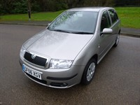 Used Skoda Fabia AMBIENTE 16V 9 STAMPS IN THE SERVICE BOOK