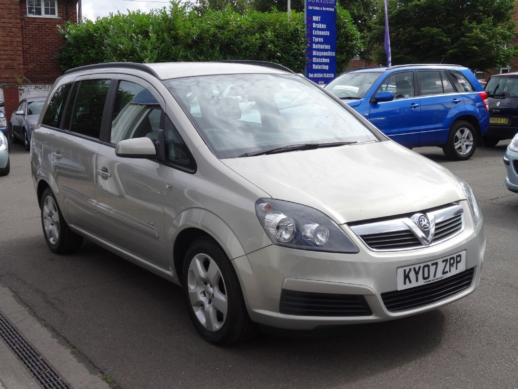used silver vauxhall zafira for sale suffolk. Black Bedroom Furniture Sets. Home Design Ideas