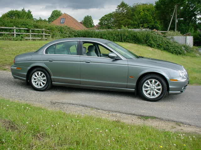 Jaguar S-Type SE V6