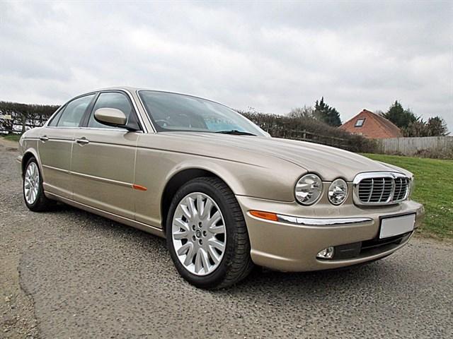 Jaguar XJ V6 SE