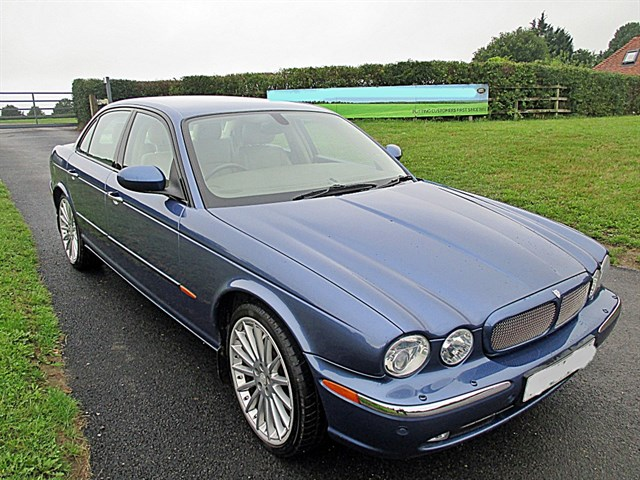 Jaguar XJR 42 Supercharged