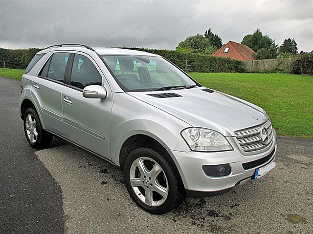 Mercedes-Benz ML350 SPORT