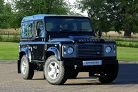 Used Land Rover Defender 90 SWB County Station Wagon TDCi (2.2)