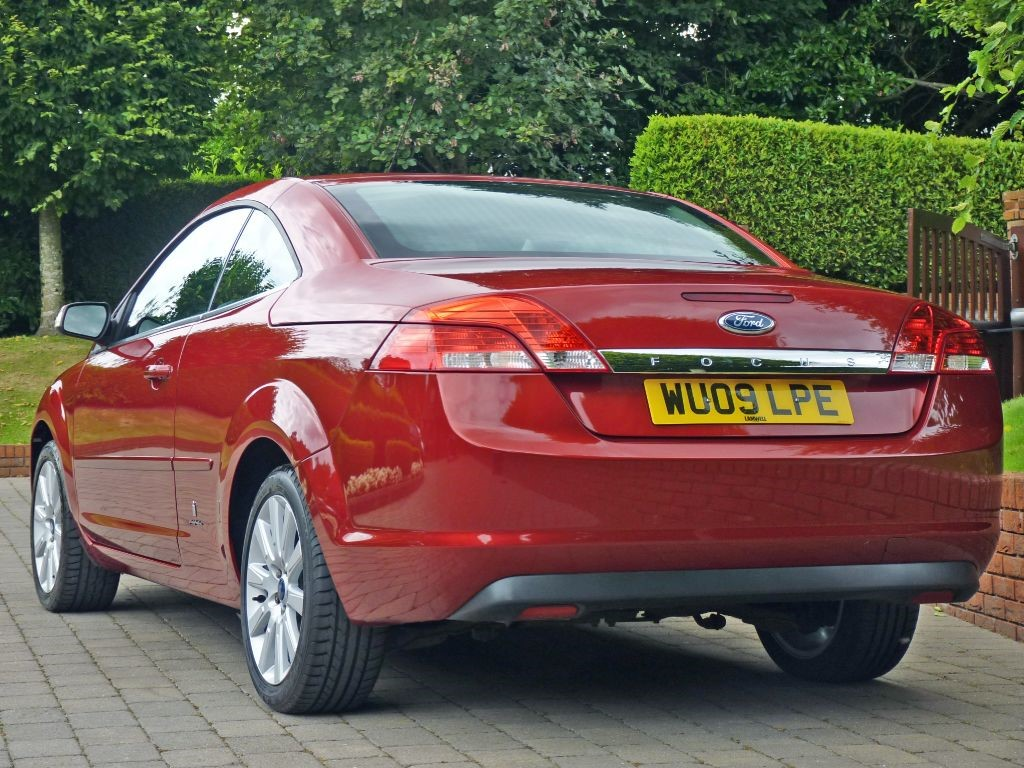 used sunset red metallic ford focus cc for sale dorset. Black Bedroom Furniture Sets. Home Design Ideas
