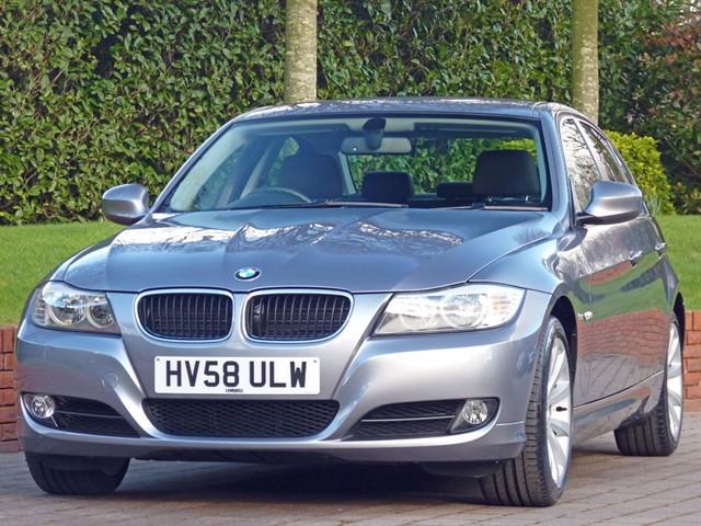 used BMW 320i SE in dorset