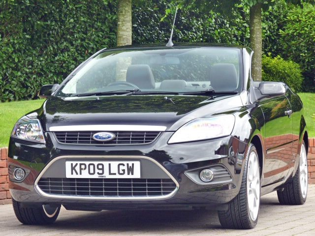 used Ford Focus CC 2 Coupe Convertible in dorset